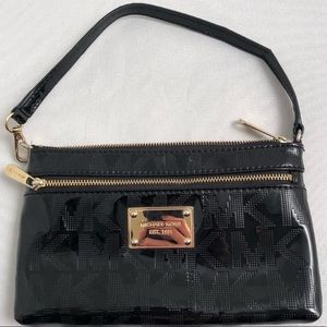 Michael Kors patent leather signature wristlet